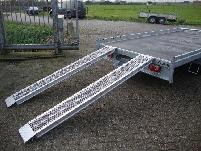 Oprijplaat set 240x30 cm 2800 kg met lip | Afbeelding 2 | AHW Parts